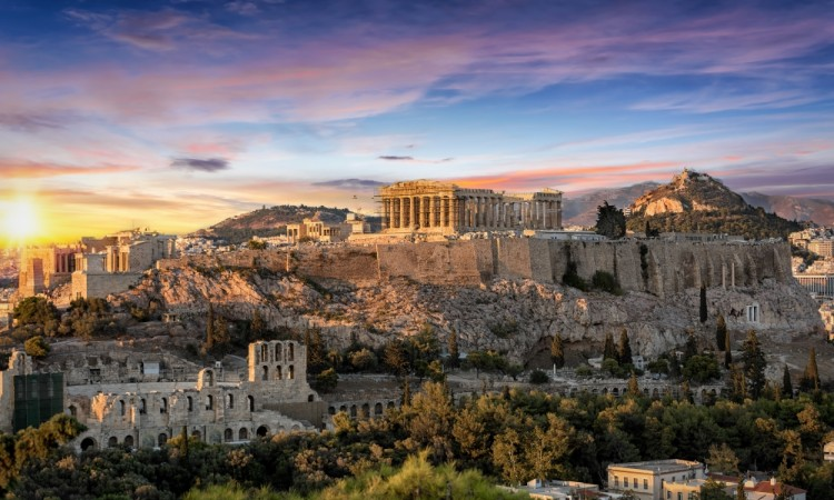 Compulsory mediation suspended in Greece, USPTO seeks AI expert, and The Clash trademark clash: news digest