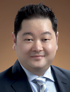 Stephen T Bang